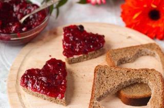 Романтические бутерброды на завтрак