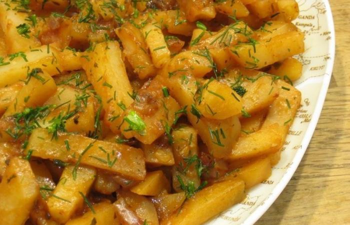 Лучшие блюда в мультиварке - запеченный картофель