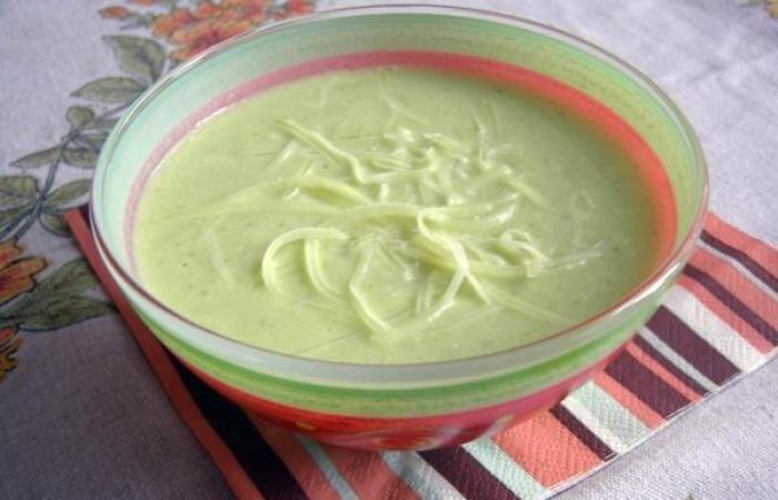 Лучшие блюда Европейской кухни - крем-суп из кабачков и авокадо