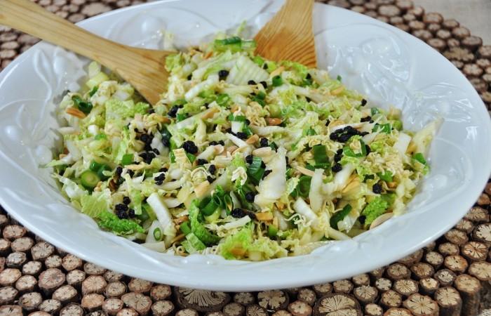 простой салат из пекинской капусты рецепты