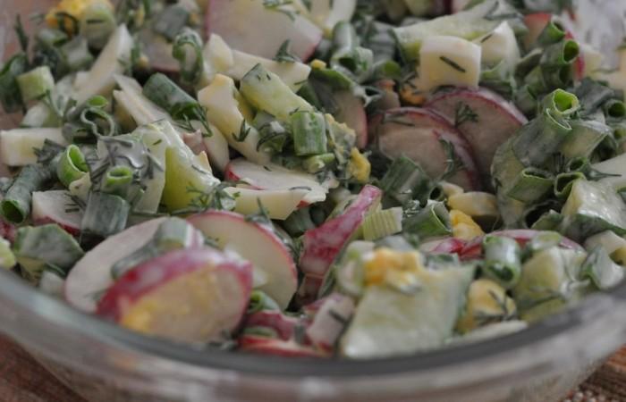 Салат с редиской и яйцом рецепт