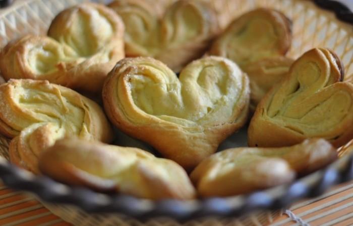 Сахарные булочки из дрожжевого теста
