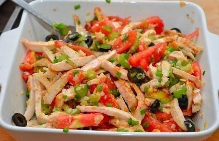 Быстро приготовленный салат из курицы