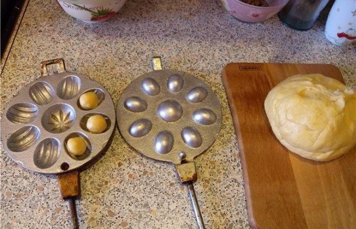 Орешки рецепт для орешницы пошагово без сгущенки